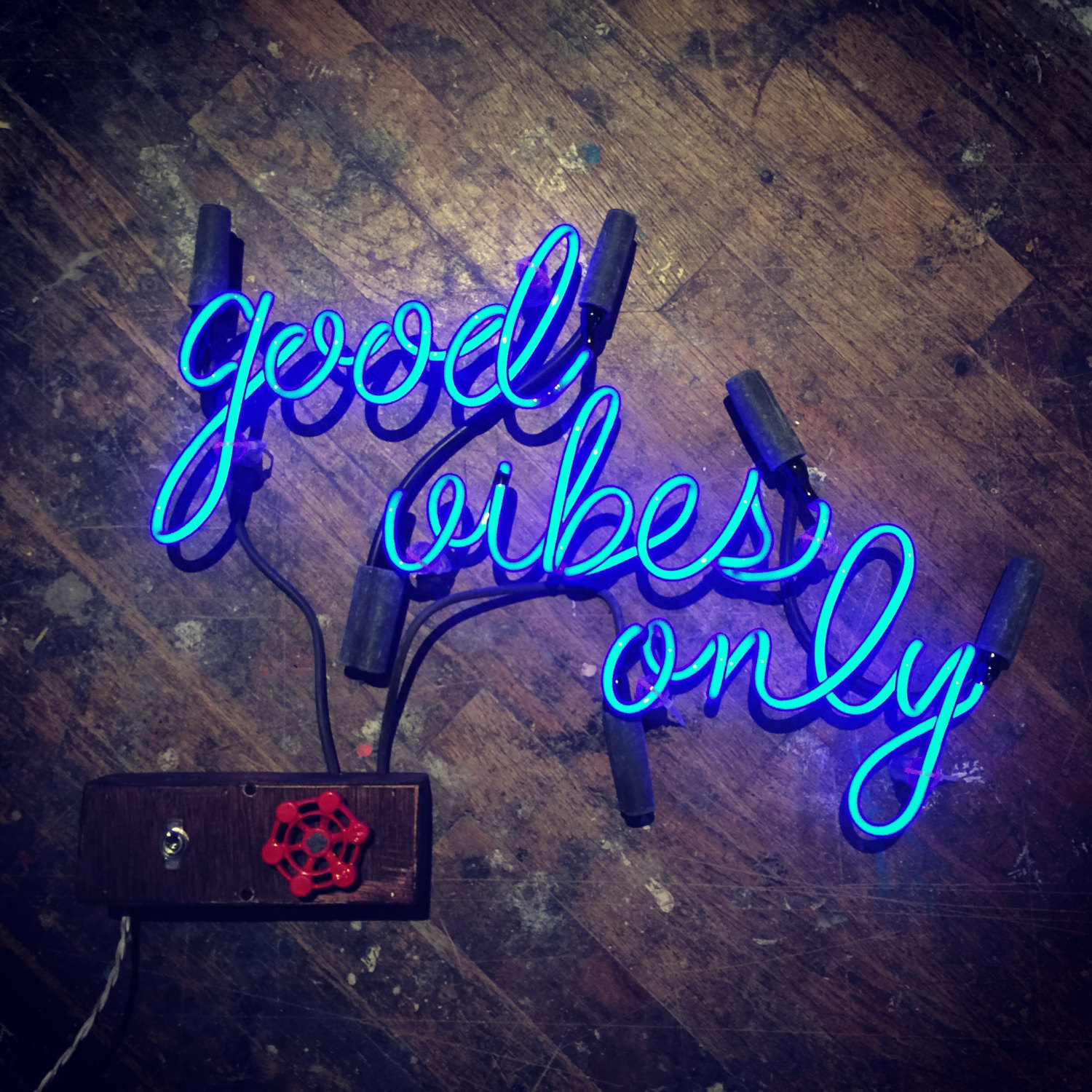 Good Vibes Only Neon Sign Ready Made Shopblast Best